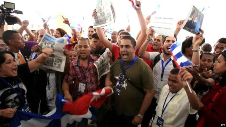 Artistas cubanos piden fin de represión y actos de repudio contra disidentes