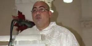 """Sacerdote cubano lanza mensaje al régimen: """"Nuestras calles son de todos"""""""