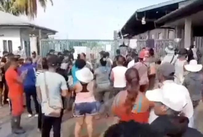 Surinam amenaza a cubanos en la frontera con desalojo forzoso