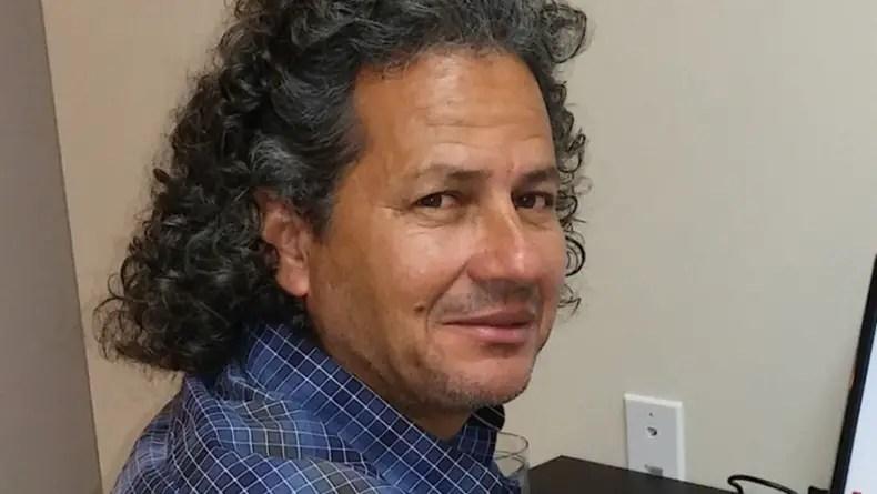 Escritor cubano Rafael Vilches gana Premio de Narrativa Reinaldo Arenas