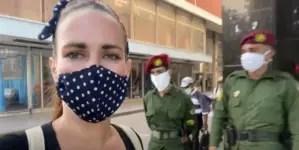 """""""Apaga el videito ese"""", militares a youtuber cubana Camila Carballo"""