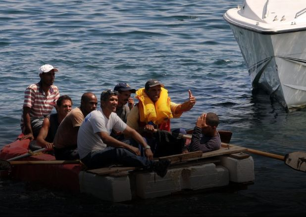 Cuba: un barco a punto del naufragio