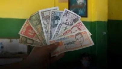 Depreciación del peso cubano: la calabaza como síntoma