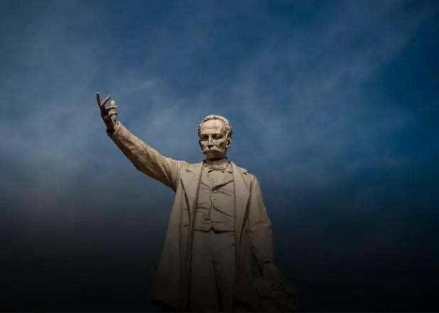 José Martí, el opositor