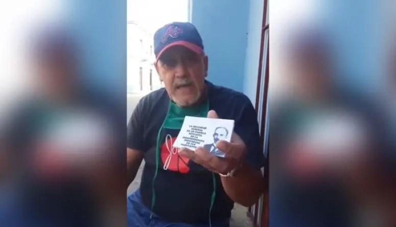 Detienen a cubano en Camagüey por repartir volantes con frases de Martí