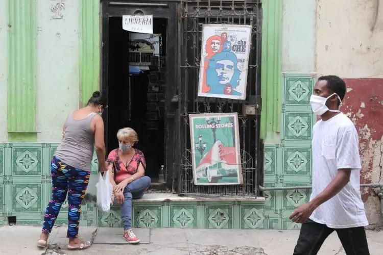 independiente Cuba arte nuevas regulaciones