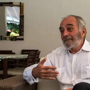 Unos 37 eurodiputados piden destitución del embajador europeo en Cuba