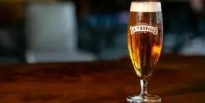 Nueva cervecería en Miami rescata la cerveza más antigua de Cuba