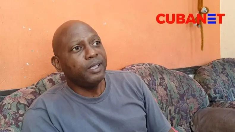 Liberado bajo fianza y en espera de juicio el activista Adrián Curuneaux