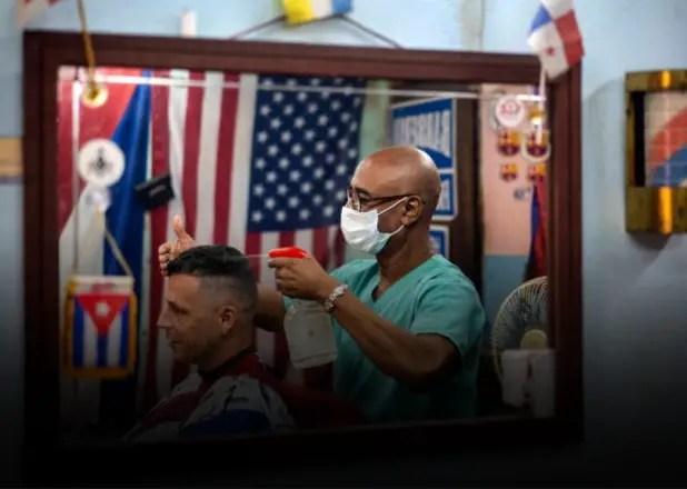 """Cuba: trabajo y """"ordenamiento"""" no van por el mismo camino"""