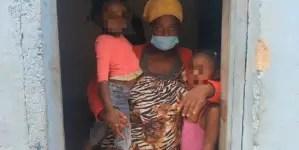 """""""Estoy desamparada, sufriendo que mis hijas estén con hambre"""""""