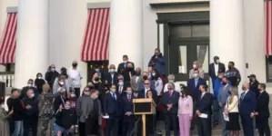 Exiliados respaldan proyectos de ley en Florida contra el comunismo
