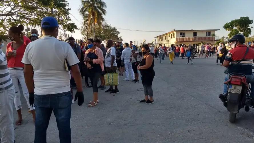 tiendas dólares Cuba