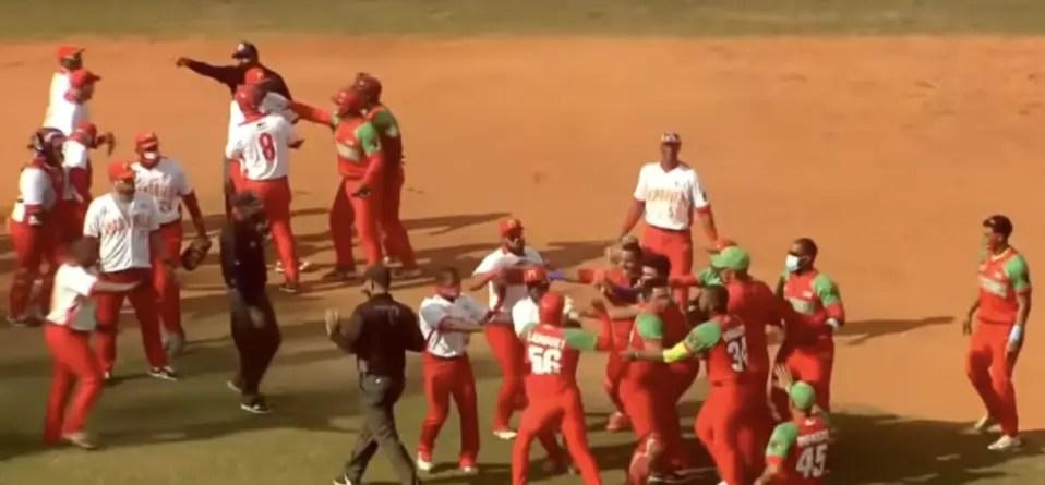 A los golpes: así terminó partido de Serie Nacional entre Matanzas y Las Tunas