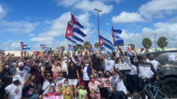 La octava caravana y… ¿los buenos cubanos?