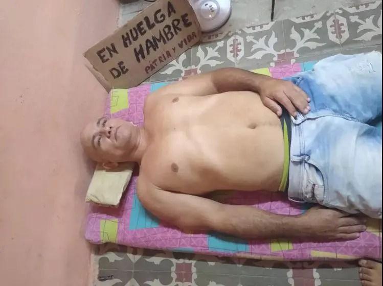 Ebert Hidalgo, 16 días en huelga de hambre. Foto cortesía