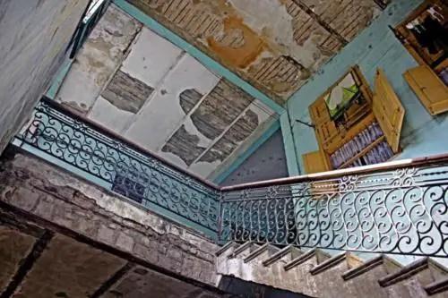 Escaleras y techos Palacio de las Ursulinas. Foto P. Chang (1)