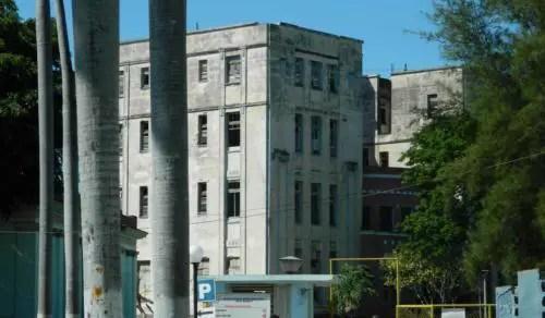 Un hospital para cubanos en La Habana. Foto de los autores