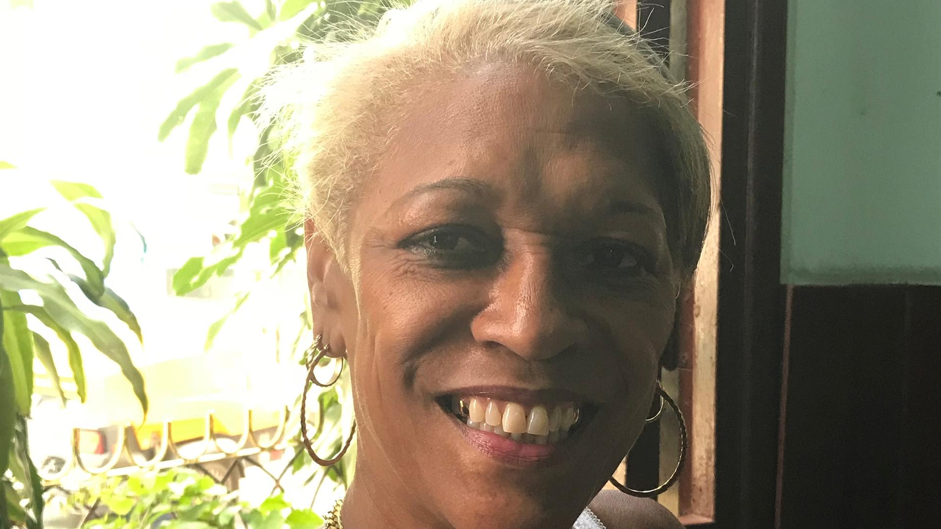 """""""J'ai La Foi, Les Choses Vont S'améliorer"""" : Les Attentes Des Cubains à L'heure De La Désignation Du Nouveau Président"""