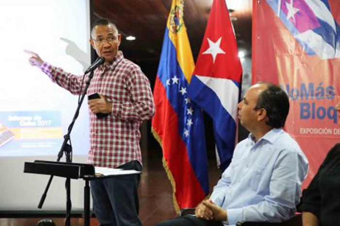 Resultado de imagen para Inauguran en Caracas muestra de carteles sobre bloqueo yanki a Cuba
