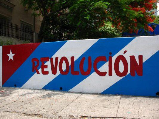 https://i1.wp.com/www.cubaperiodistas.cu/wp-content/uploads/2017/12/revolucion_cubana2_0-533x400.jpg