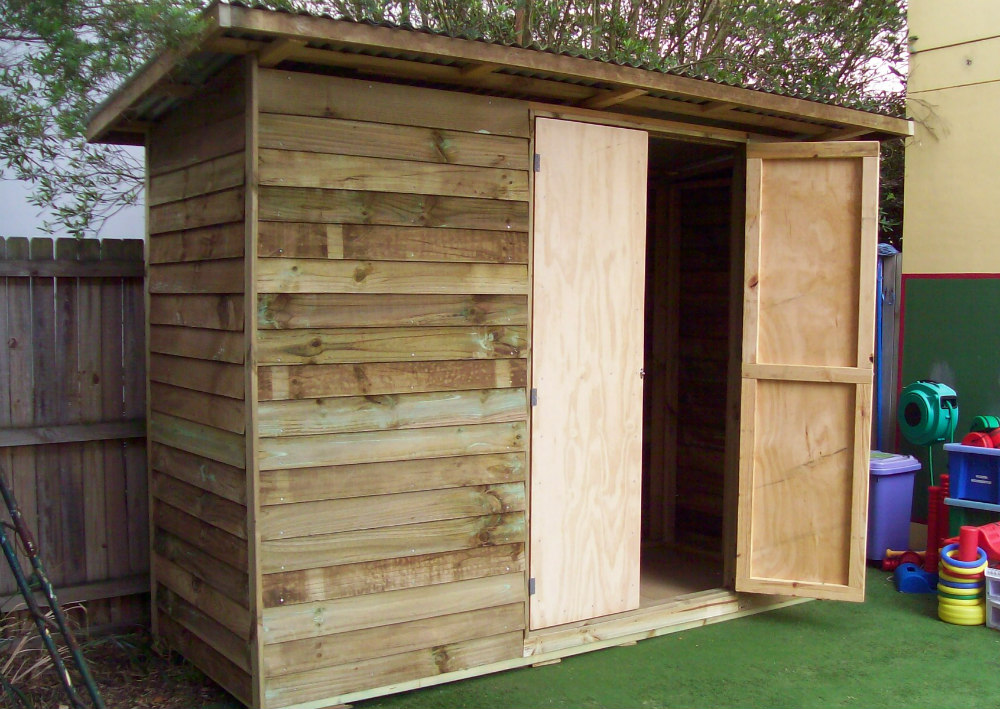 shed 2.4m x 1.2m, double doors $1570