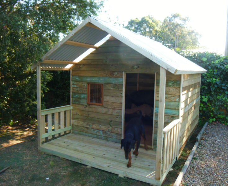 dog kennel 2.4m x 2.4m, gable roof, 2.4m deck with side rails, perspex window $1630