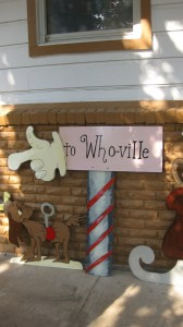 Office party decorations for The Grinch theme