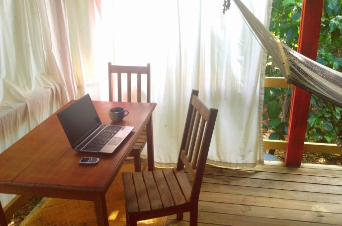 Roatan Rent: What $300/month Gets You