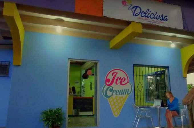 Roatan Review: Deliciosa Creamery