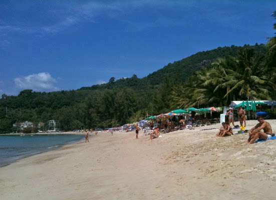 8 Beaches Worth Visiting in Phuket