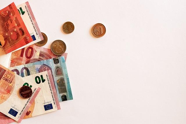 【iDeCO口座維持手数料無料】ネットの二大証券「SBI証券」「楽天証券」が個人型確定拠出年金の口座維持手数料の完全無料化を発表!