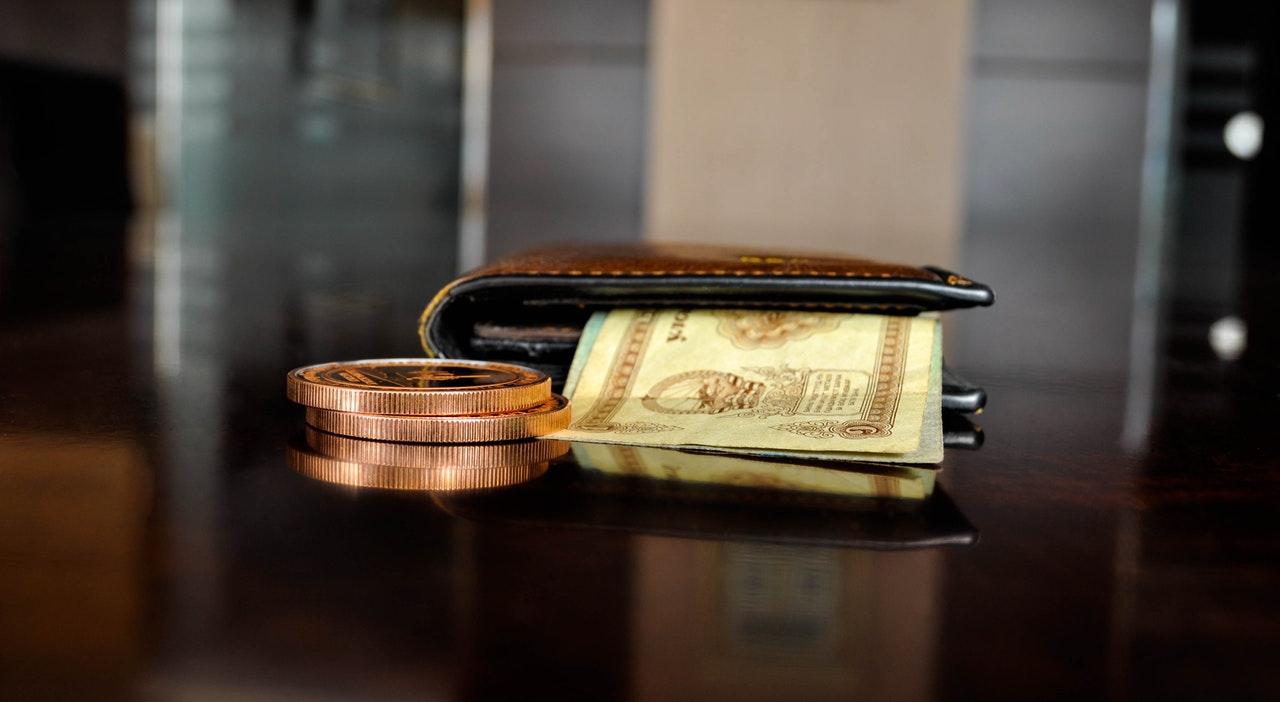 もしかしたら円の価値が落ち始めているんじゃね?円高にならない理由が怖いわけ。