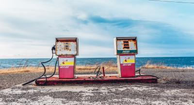 石油価格の暴落は悪いことばかりじゃない?ガソリン価格急落中、台湾のガソリンは激安です。