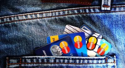 クレジットカードの更新の受け取りは本人ではなくてはならないのか検証してみた。