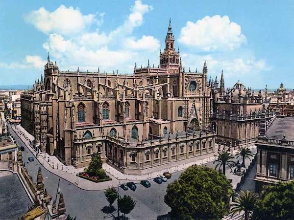 La Catedral de Sevilla - atractivo de españa