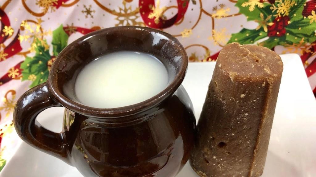 Atole blanco bebida tradicional de Nuevo Leon