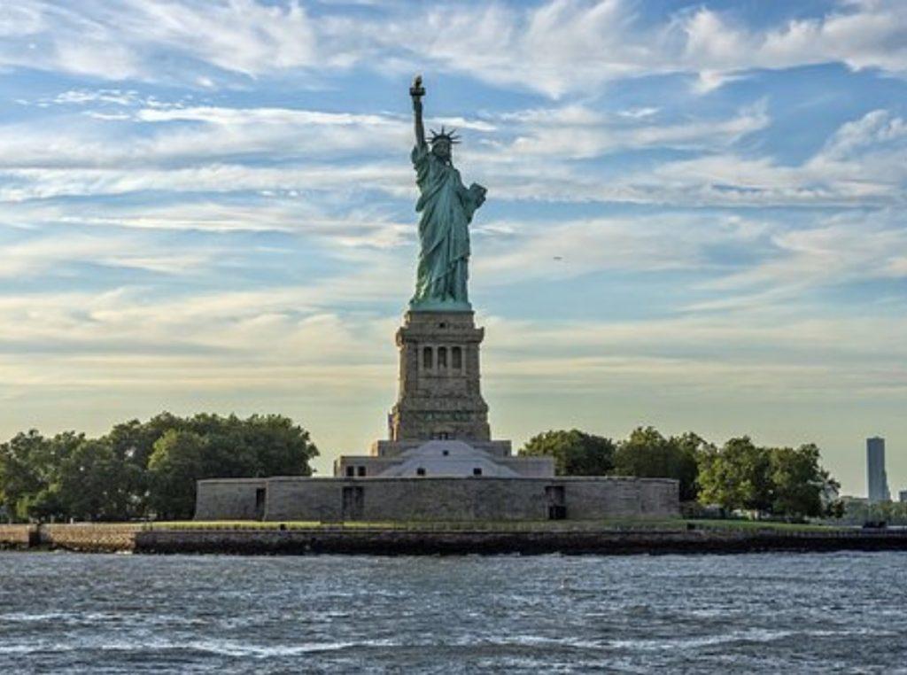 Estatua de la libertad que ver en nueva york