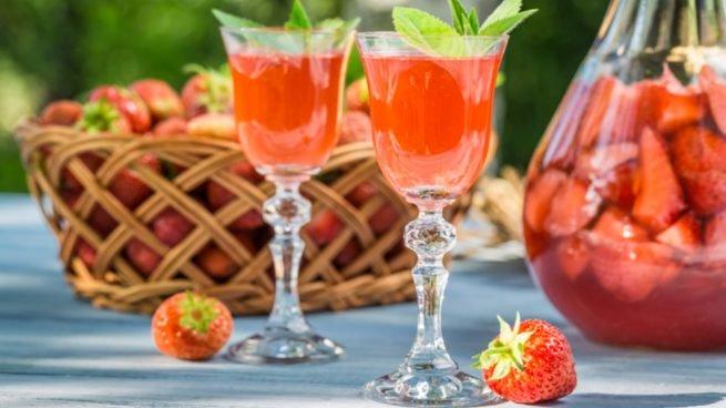 Licor de fresa bebida alcoholica de Guanajuato