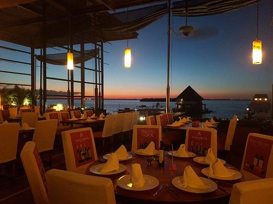 Puerto Madero restaurante romántico cancun