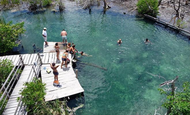 Cenote Yalahau