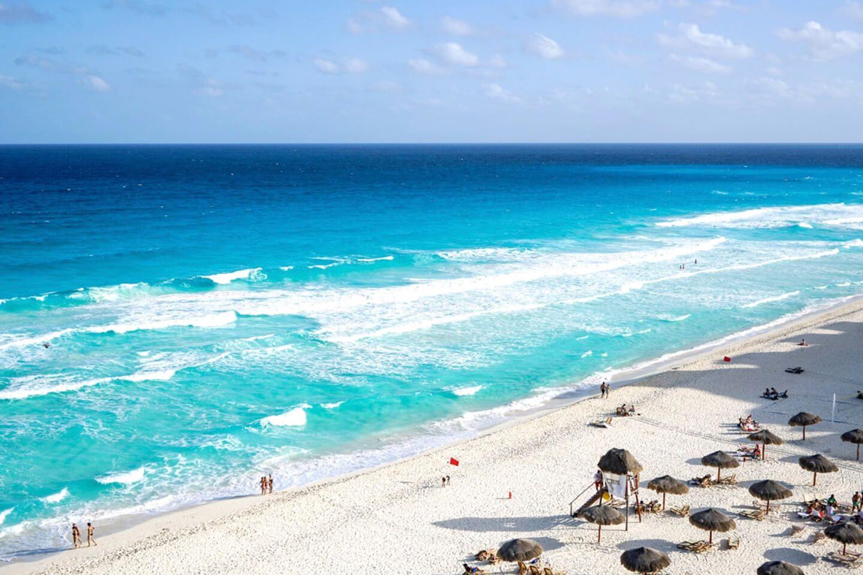 playa delfines mejores playas canucn y riviera maya