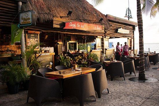plaza la isla restaurantes