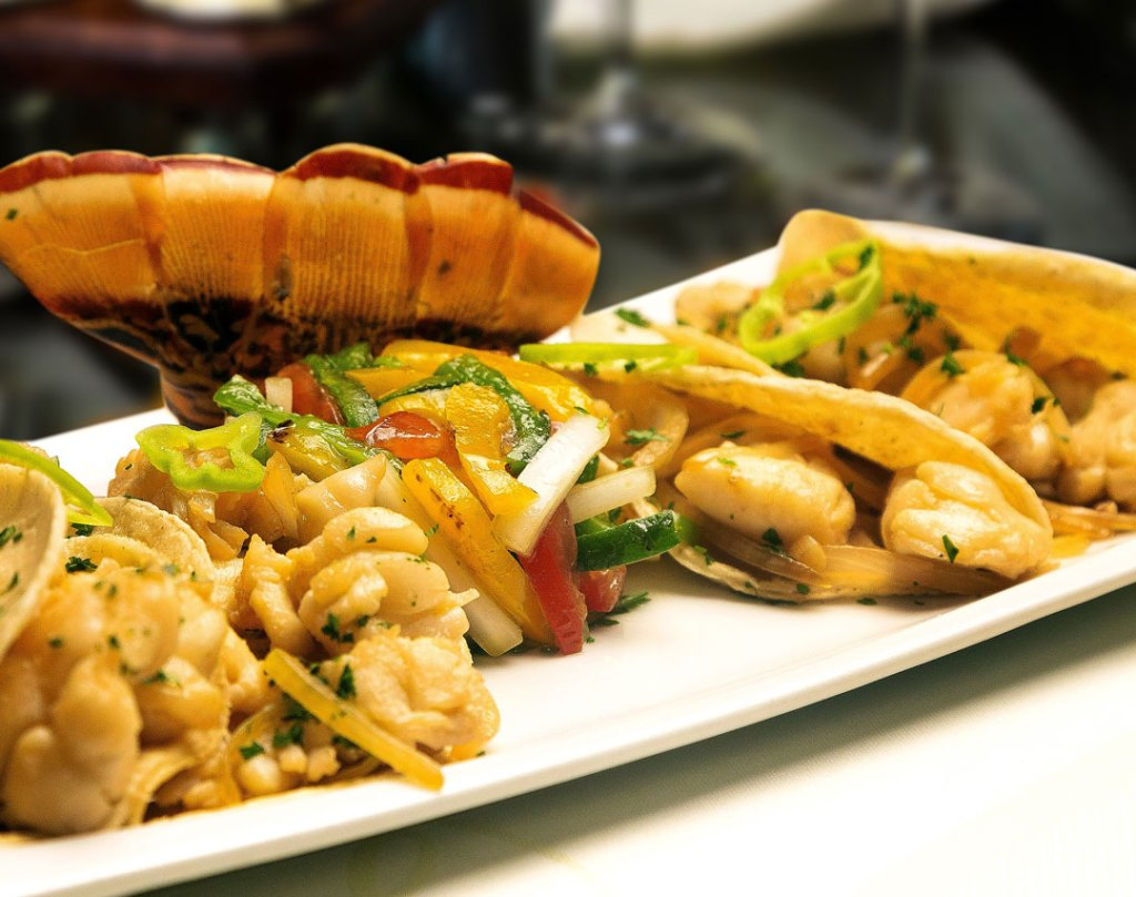 Lorenzillos cancun comida mariscos