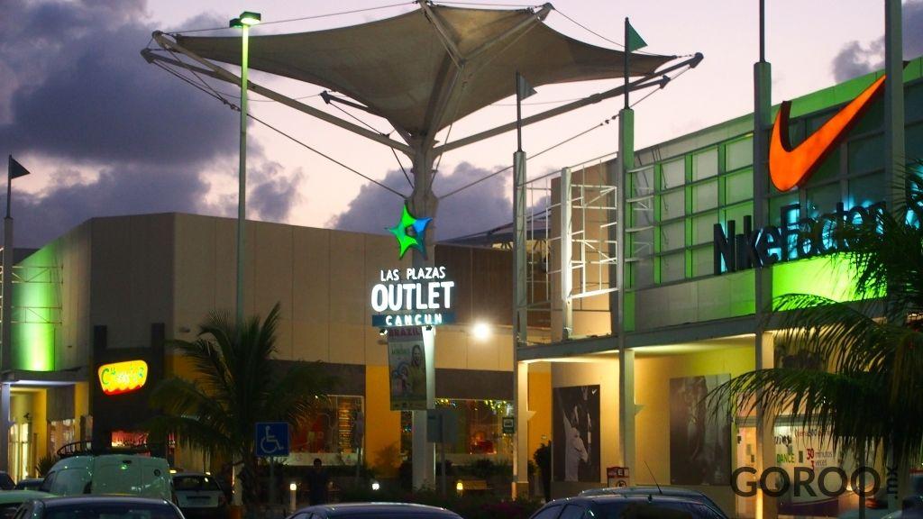 plazas outlet en cancun