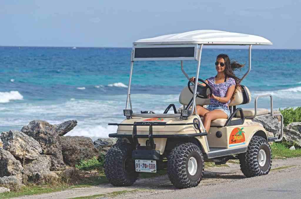 rentar un carrito de golf en isla mujeres