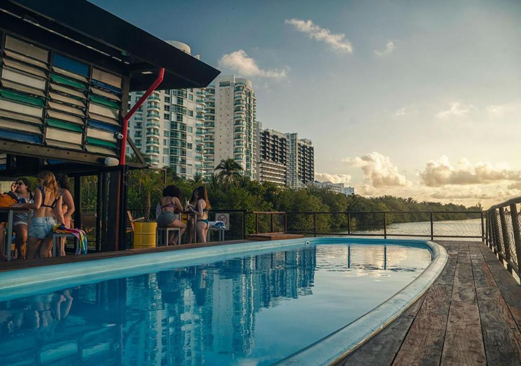 Mayan Monkey Hotel & Hostel