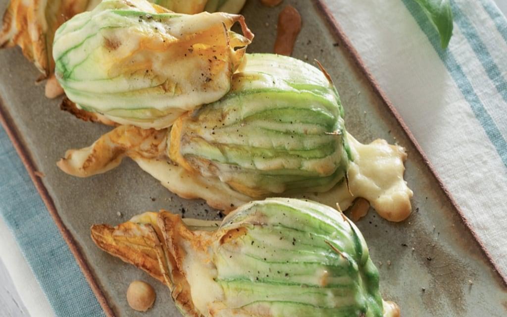 Fiori Di Zucca Fritti Ripieni Di Tofu Olive E Capperi