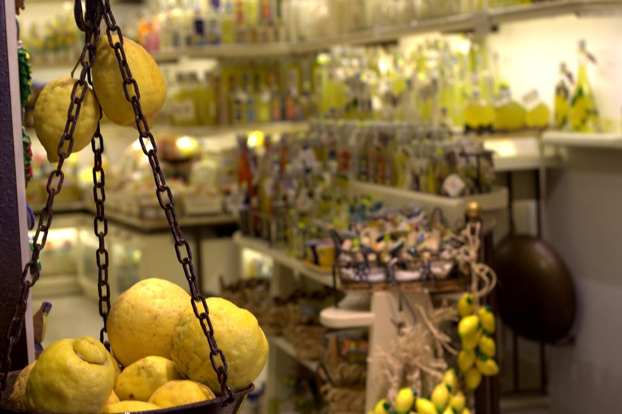 Limoncello shop in Amalfi