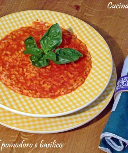Risotto al sugo di pomodoro e basilico